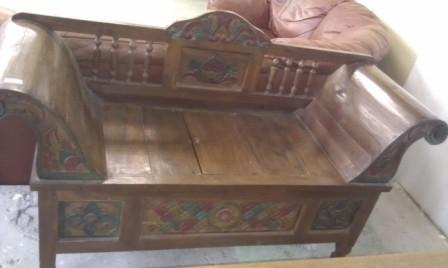 Bazar dílenského nábytku